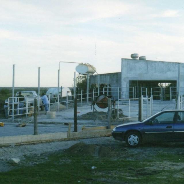 Agramin SA. Est. La Vigilancia. Refacción Recibo leche a Planta de ordeño 2 - Santa Elena ( Entre Ríos)