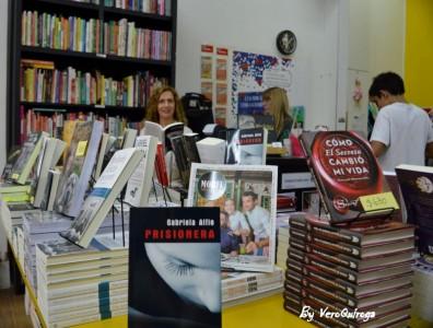 Por fin llega la fecha: PRISIONERA, la novela de Gabriela Alfie, se presenta en Venado Tuerto el próximo viernes.