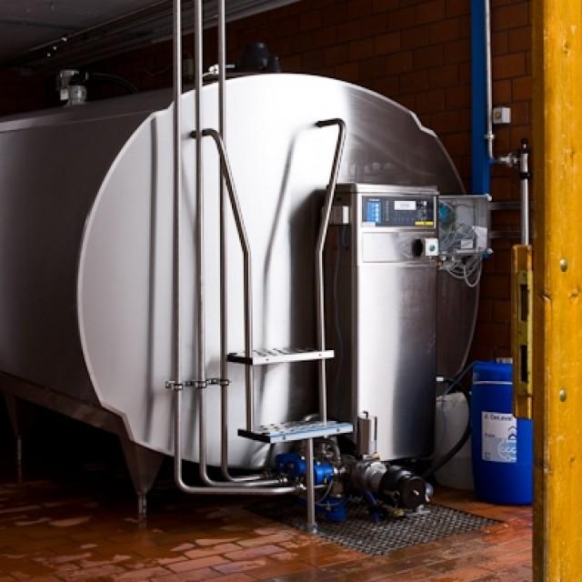 Refrigeración y almacenamiento de la leche