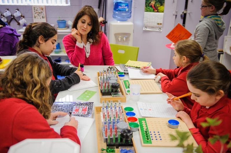 EL ADULTO, Jardin Montessori Venado Tuerto, venado tuerto